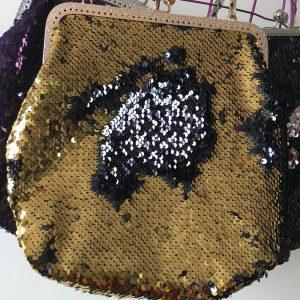 Çift Renkli Altın-Siyah Pullu Payet Klips Çanta