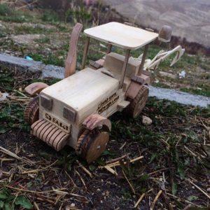 Doğal Ahşap Oyuncak Traktör