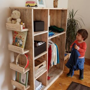 Masif Ahşap Montessori Çocuk Gardrobu
