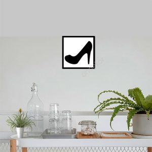 Kadın Ayakkabı Ahşap Duvar Tablosu