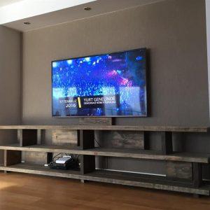 Masif Ahşap Tv Ünitesi Classique